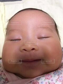 かわいい,おにぎり,寝顔,人物,癒し,笑顔,赤ちゃん,新生児,ベイビー,ぷにぷに,ピュア