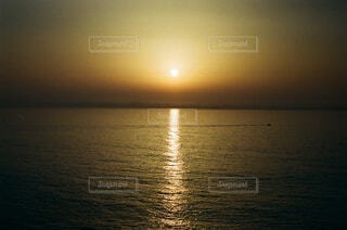 自然,風景,海,空,屋外,湖,太陽,雲,夕暮れ,水面,日の出