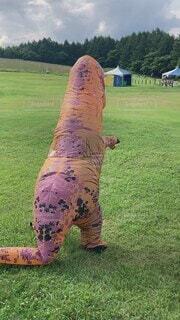夏,屋外,緑,草原,景色,草,イベント,サマー,ティラノサウルス,恐竜,おじさん,ティーレックス