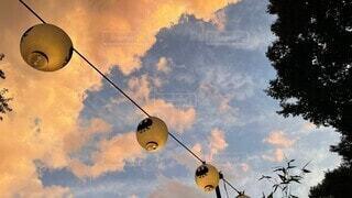 風景,空,雲,樹木,提灯,明るい,真鍮