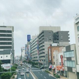 風景,空,建物,屋外,雲,車,道路,都会,道,高層ビル,通り,ダウンタウン