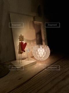 インテリア,屋内,花瓶,暗い,キャンドル,床,ランプ