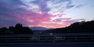 自然,空,夕日,屋外,雲,綺麗,夕暮れ,山,不思議,珍しい