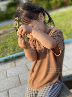 風景,花,屋外,少女,草,人物,人,若い,少し,人間の顔