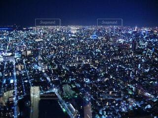 空,建物,屋外,都会,人物,高層ビル,明るい