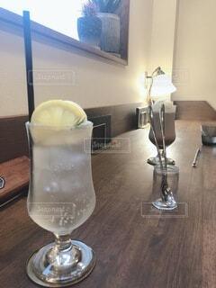 夏とソーダとレモンの写真・画像素材[4693715]