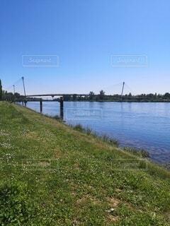 ドイツとフランスを分ける川の写真・画像素材[4768511]