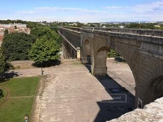 昔の水道橋の写真・画像素材[4789332]
