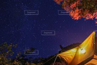 夜空の写真・画像素材[4762963]
