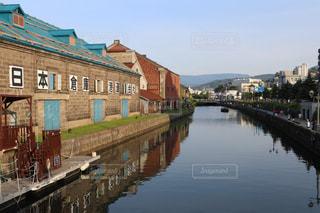 運河に写るの写真・画像素材[889550]