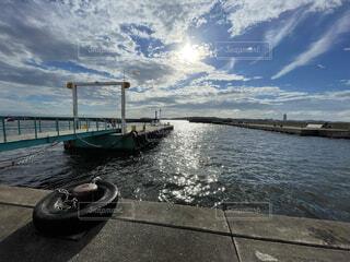 夏の港の写真・画像素材[4734425]