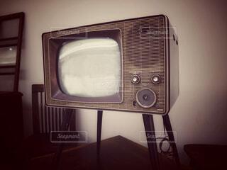 白黒テレビの写真・画像素材[4796624]