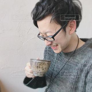 コーヒーで癒されるひとときの写真・画像素材[1282730]