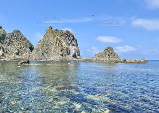 海 空 岩の写真・画像素材[4750036]