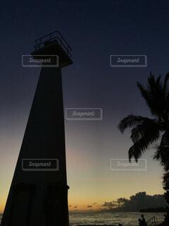 夕暮れのシルエットの写真・画像素材[4750325]