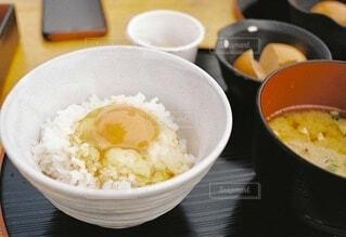 食べ物,食事,朝食,フード,卵,ご飯,米,TKG,白米,飲食,卵黄,ほったらかし温泉,卵白,卵かけご飯