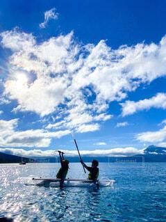 支笏湖でボートの写真・画像素材[4857427]