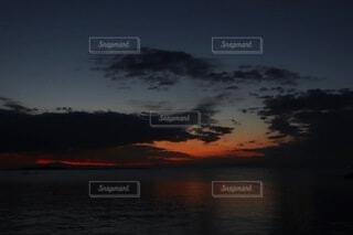 自然,風景,空,夜,屋外,湖,太陽,ビーチ,雲,夕暮れ,暗い,水面,日の出,日の入り