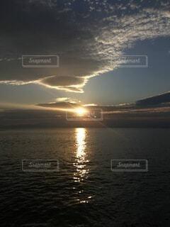 1日の終盤の写真・画像素材[4820007]