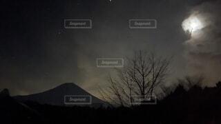 """""""月に富士""""の写真・画像素材[4764151]"""