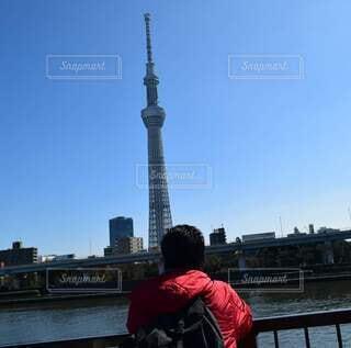 風景,空,屋外,湖,川,水面,都会,人物,人,高層ビル