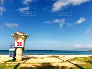 ビーチと空と虹の写真・画像素材[1134316]