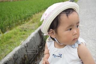 麦わら帽子の女の子の写真・画像素材[4777577]