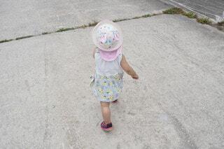 帽子をかぶった女の子の写真・画像素材[4777580]