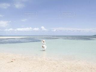 誰もいない竹富島のビーチの写真・画像素材[4767699]