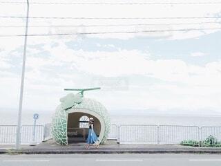 フルーツバス停にての写真・画像素材[4773361]
