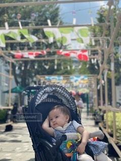 赤ちゃんの優雅な休日の写真・画像素材[4768126]