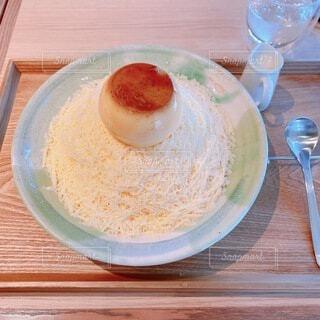 おしゃれなカフェで食べたミルクセーキ氷の写真・画像素材[4769300]