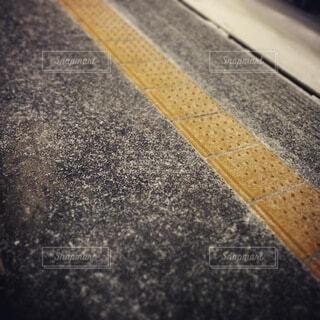 粉砂糖をふりかけた道の写真・画像素材[4770617]