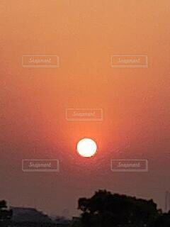 自然,空,屋外,太陽,朝日,オレンジ,朝焼け,日の出,朝陽,サンライズ