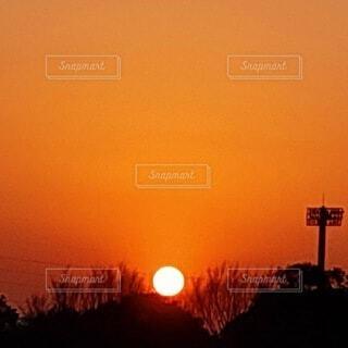 夕陽が沈む頃の写真・画像素材[4819664]