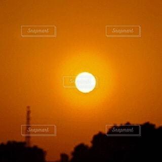 夕陽の写真・画像素材[4819670]