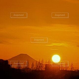 富士山と夕陽の写真・画像素材[4827220]