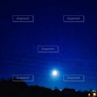 自然,風景,空,夜,屋外,月,満月,明るい,月夜,中秋の名月,待宵の月