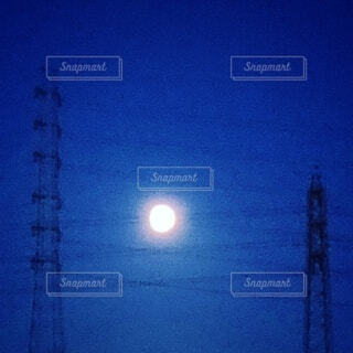 自然,風景,空,屋外,月,満月,明るい,月夜,十五夜,中秋の名月,お月様,待宵の月