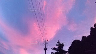 空,屋外,雲,夕焼け,夕暮れ,夕方,田舎,樹木,電線,景観