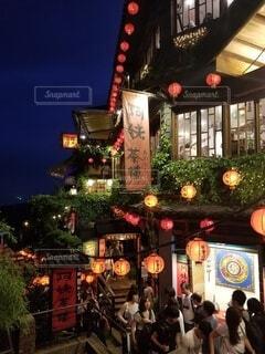 建物,観光,都会,旅行,台湾,装飾,明るい,ジブリ,千と千尋の神隠し,テキスト,仇分,クリスマス ツリー