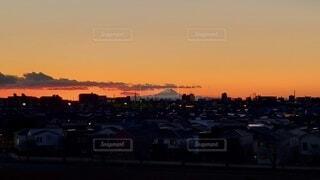 風景,空,建物,富士山,屋外,雲,夕暮れ,夕方,山,家,高層ビル,夕陽,赤富士