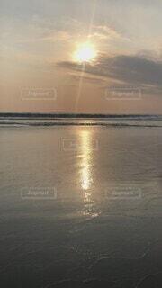自然,風景,海,空,屋外,湖,太陽,ビーチ,雲,夕焼け,夕暮れ,水面,景色,無邪気