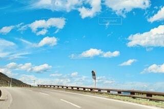 風景,空,屋外,雲,綺麗,晴れ,青,道路,水色,道,天気,日中,空色