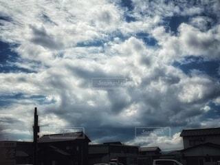 自然,空,建物,屋外,雲,絵,水面,光,建造物,絵画,煙,模様,くもり,形,塊,スクリーン ショット