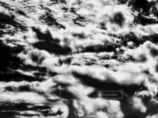 自然,風景,空,雪,雲,絵,モノクロ,霧,絵画,顔,目,もや,編集,黒と白