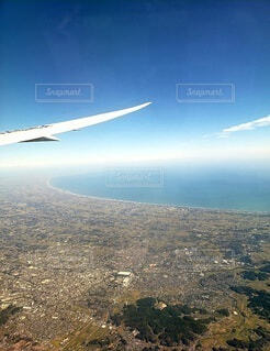 自然,空,街並み,屋外,雲,青空,飛行機,飛ぶ,山,空中,航空機,空の旅