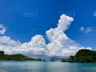 自然,海,空,橋,屋外,雲,島,青,水面