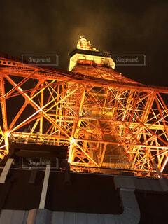 空,建物,夜,夜景,タワー,ライトアップ,明るい,シンボル
