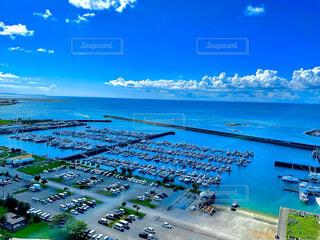 風景,海,空,夏,屋外,ビーチ,雲,ボート,青空,晴天,船,水面,沖縄,iphone,okinawa,夏空,高層階